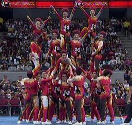 UAAP Cheerdance Competition 2013 - UE Pep Squad in their well-applaudedl pyramid