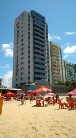 Vende-se apartamento,3 quartos,sendo uma suite,130 m2,beira mar em Candeias, (81) 98446.0105