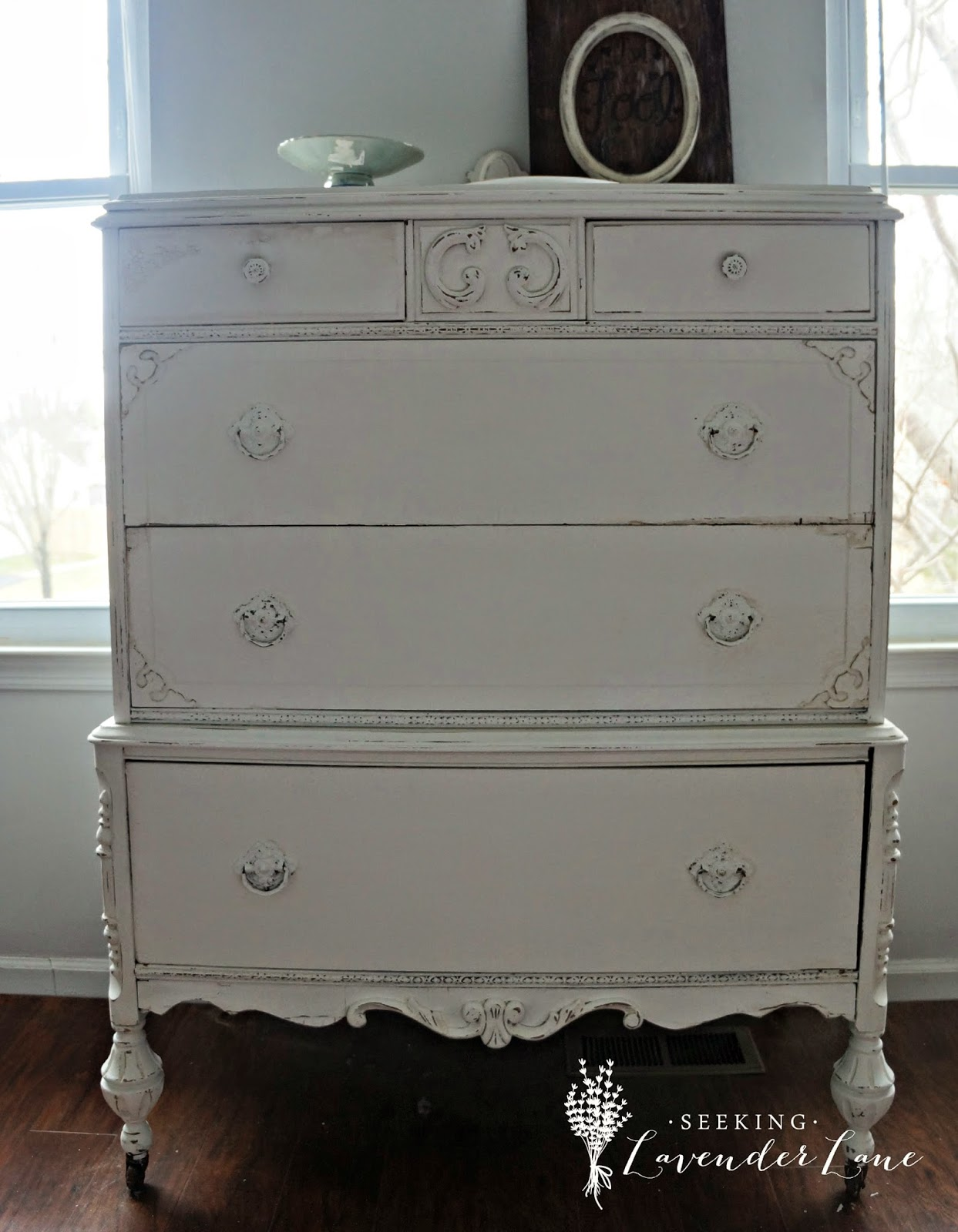 DIY chalk painted dresser