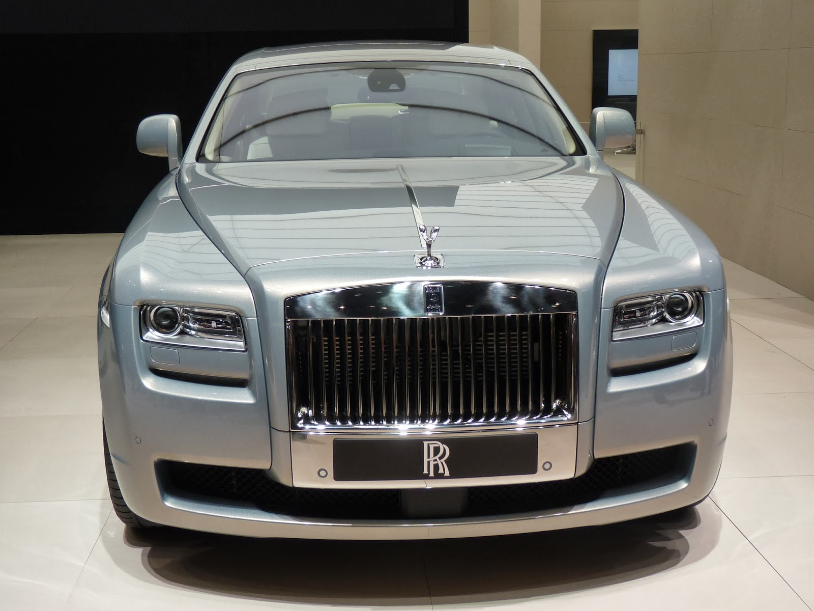 micro marketing of rolls royce Rolls royce plc is a global company that is known in over 50 countries, the name rolls royce comes from the s of its founders, henry royce and charles rolls the company was initially formed in 1904 to produce cars and car engines.