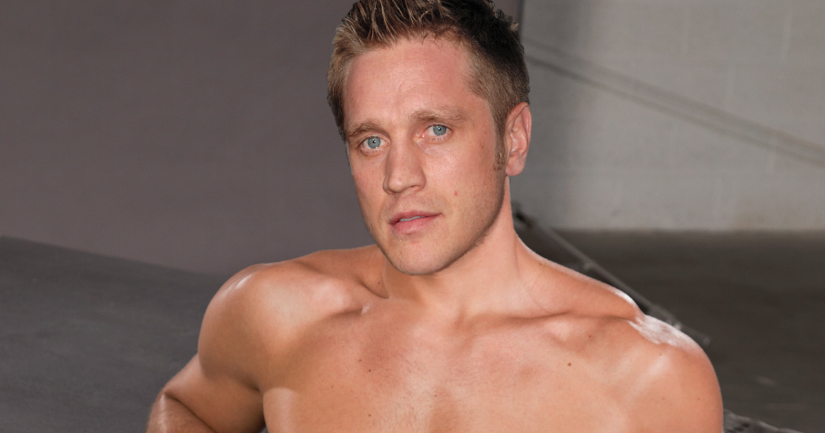 Devon Sawa Gay 5