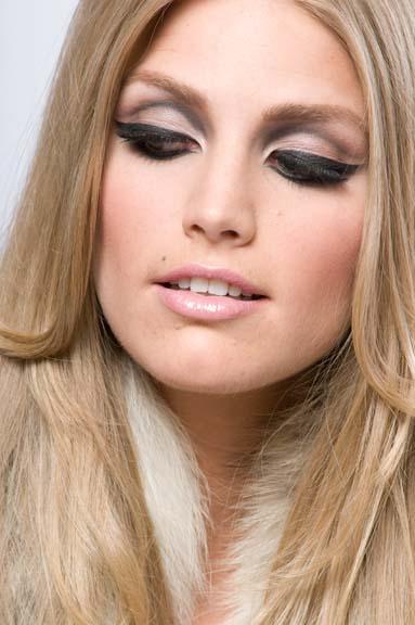 Make Up Me Delineador Sombra