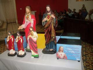 IMÁGENS DO SAGRADO CORAÇÃO DE JESUS SAEM EM PEREGRINAÇÃO EM NOSSA COMUNIDADE A PARTIR DO DIA 1º DE AGOSTO