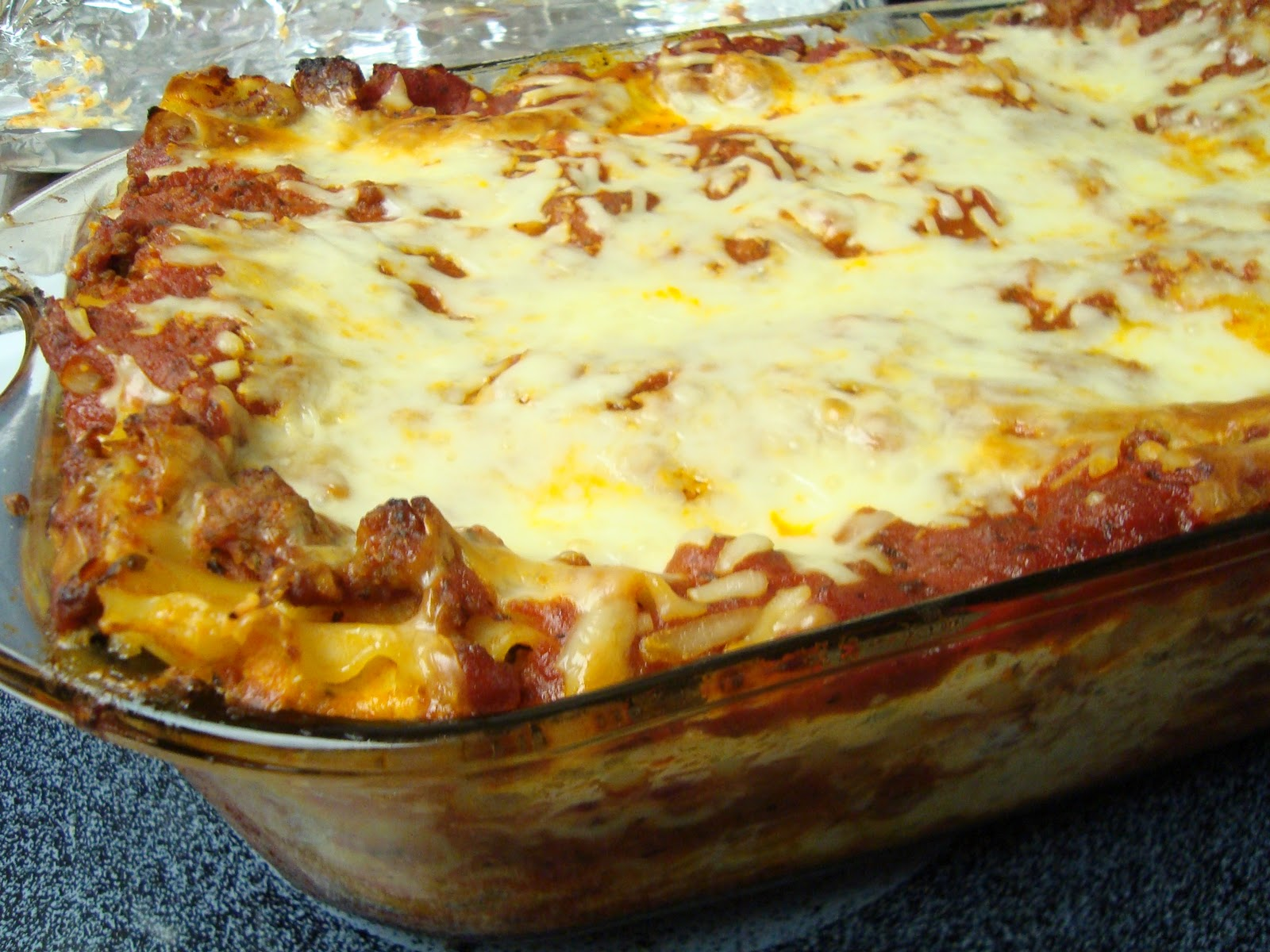 Little Cooking: Classic Meat Lasagna