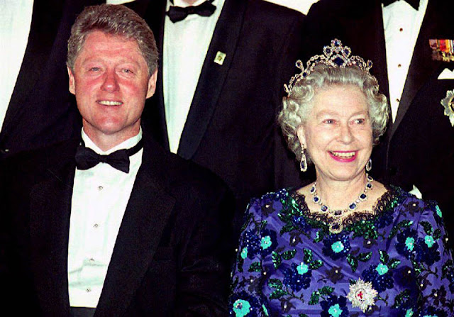 Queen Elizabeth and President Bill Clinton
