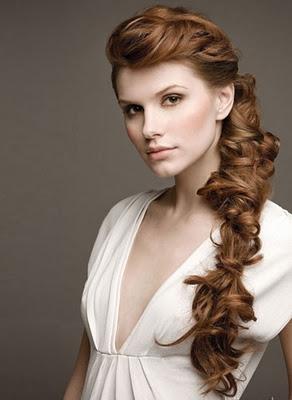 con flequillo o sin elsuelto o recogidoel pelo largo es movimiento y cuidado impecable