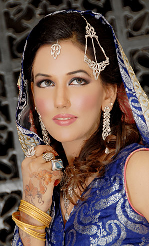 allenora makeup for modern walima look