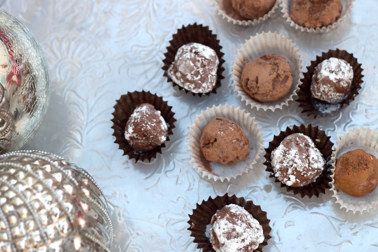 Britton+loves+baking+food+raw+chocolate+truffles+choc+chick+starter+pack+cacao+powder+cacao+butter+vegan+dairy+free+chrsitmas+present+treat+5