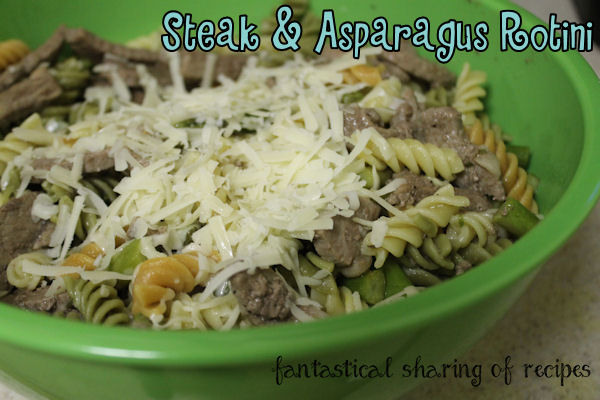 Steak & Asparagus Rotini - a marvelous pasta dish with hearty steak and asparagus #recipe