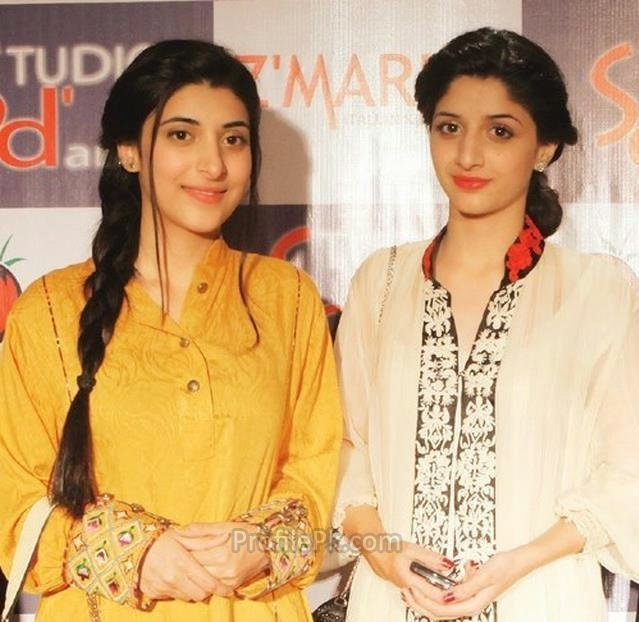 Pak Celebrity Gossip: Pakistani Celebrities Sisteres Mawra ... Vj Mawra And Vj Urwa