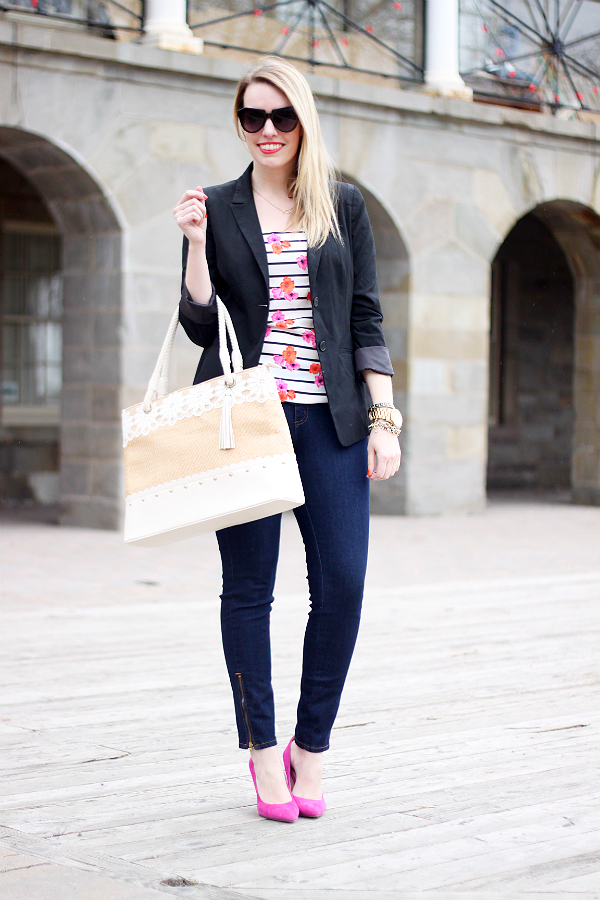 Yoga Jeans, Ankle Zip, Mid-Rise Jeans, Darling Tote Bag