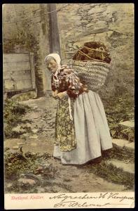 Shetland knitter