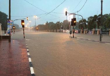 Jalan tutup Kerana Banjir Di Terengganu Nov 2014