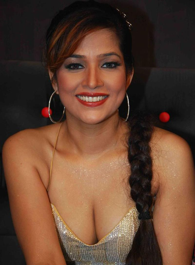 Tanisha Spicy Hot Photoshoot