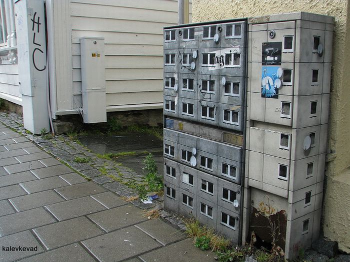 Miniature Buildings Street Art By Evol Damn Cool Pictures