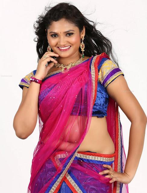 Pinky Priya Navel Show in Half Saree - South Actress