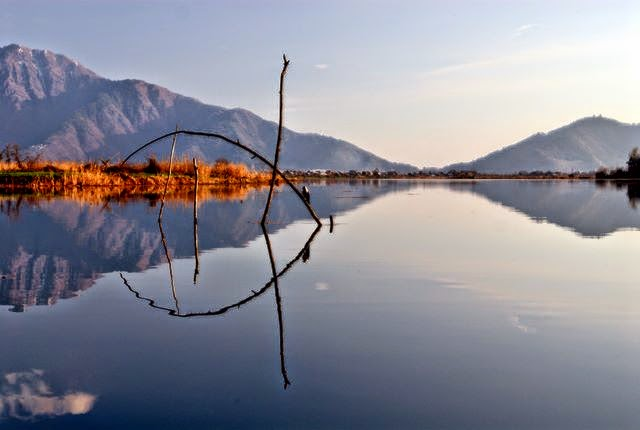 Nageen_Lake