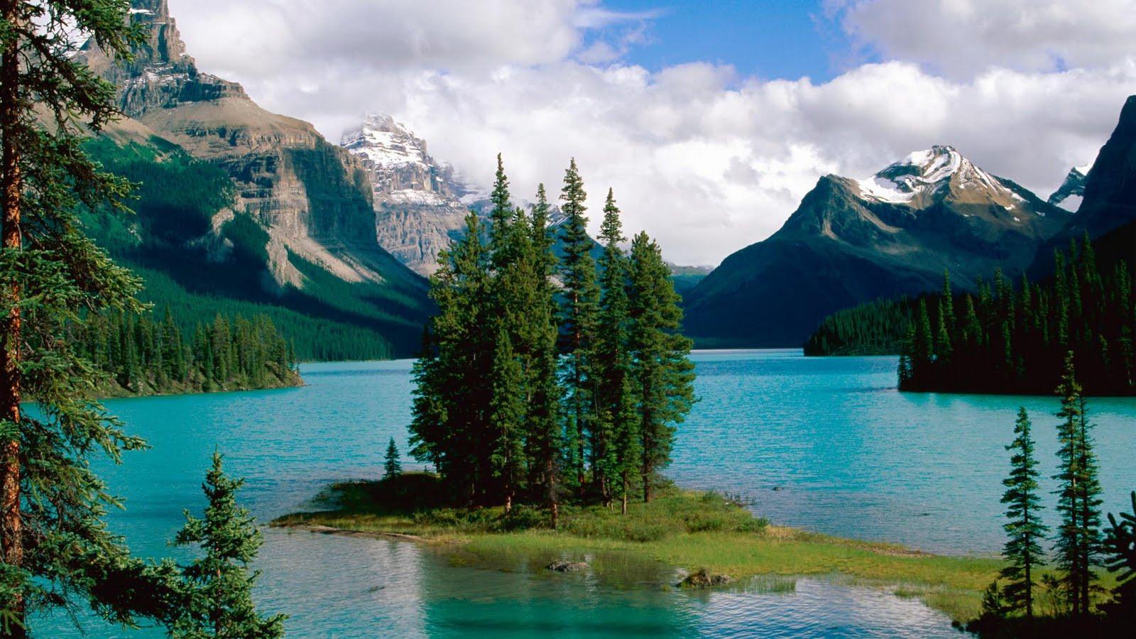 Lago en el Parque Nacional de Alberta Canadá (1920x1080px)