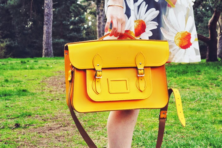 mustard cambridge satchel british fashion blogger