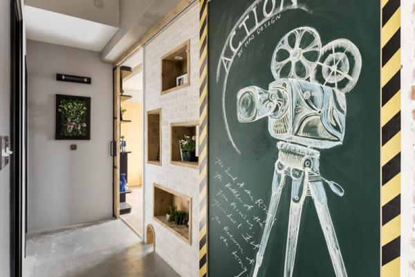 Schiebetüren mit Wanddeko oder Regal gestalten - der Selbermachen-Tipp im Bauhaus Design