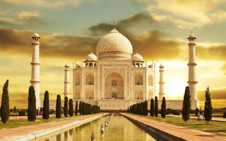 http://2.bp.blogspot.com/-NSNx2qxqSDo/UIQoYQCsLzI/AAAAAAAAAVg/dVmX75CKBrM/s1600/New+Taj+Mahal+HD+Wallpapers.jpeg
