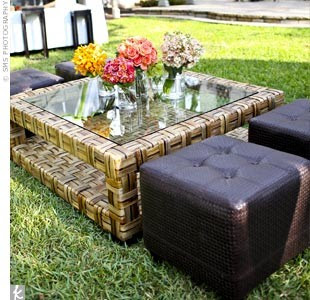 Outdoor coffee table lounge