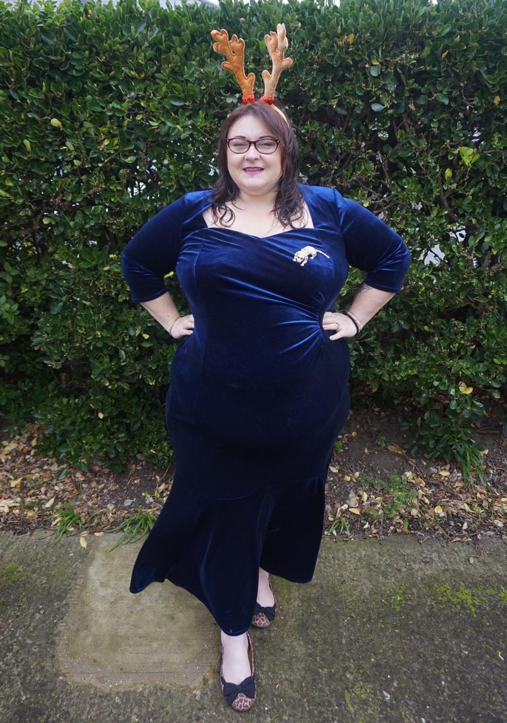 OOTD - Scarlett and Jo fishtail velvet maxi dress in Midnight - Love ...