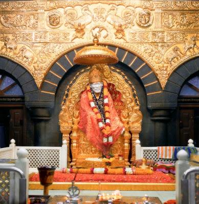 http://2.bp.blogspot.com/-NSUAEAdFLPs/TbBe7kfZ9WI/AAAAAAAAAV0/fIsEsQBFtQc/s1600/golden-throne-shirdi-sai-baba-posters-collection-free.jpg