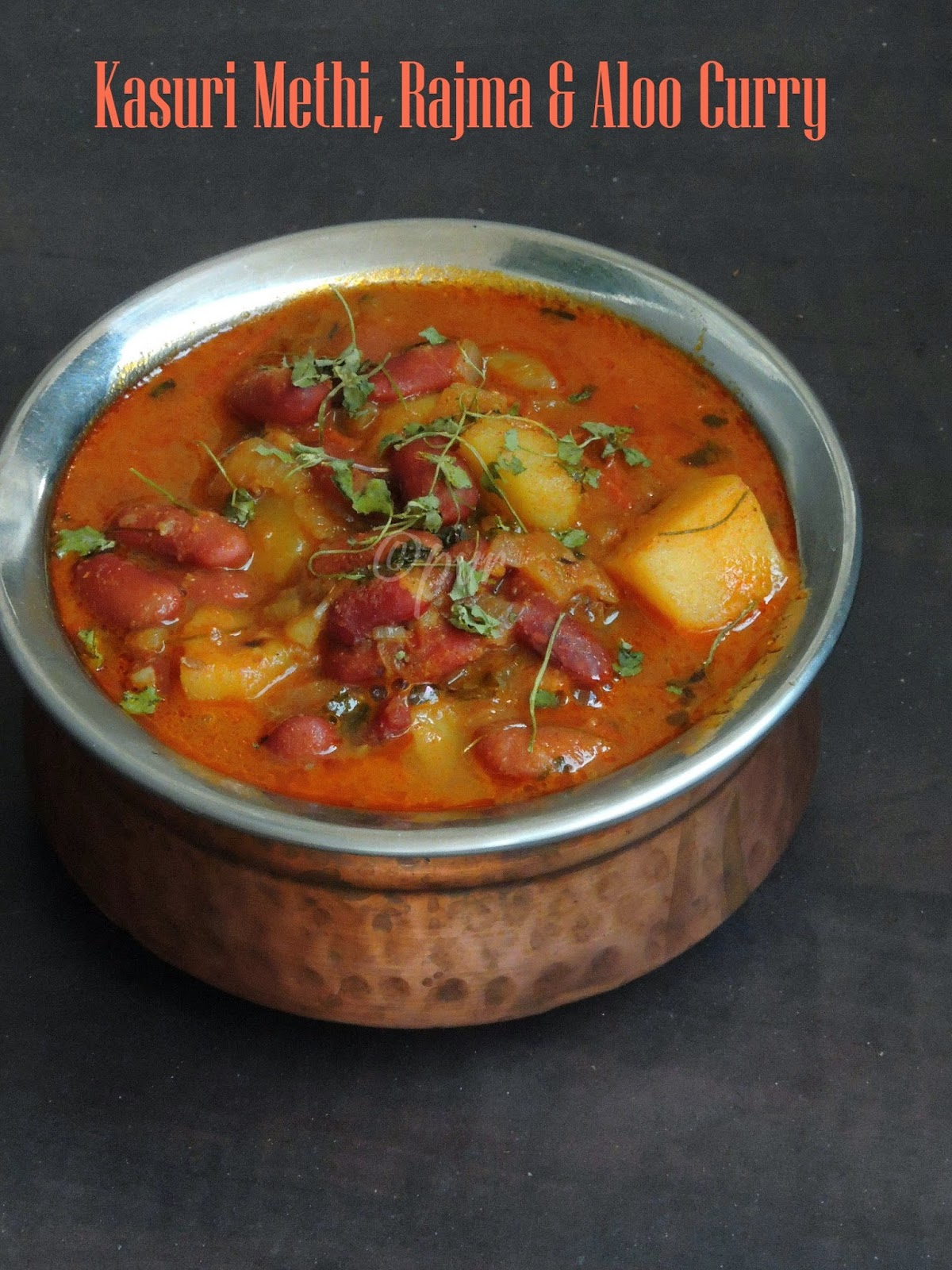 Dry fenugreek leaves, potato & kidneybeans curry