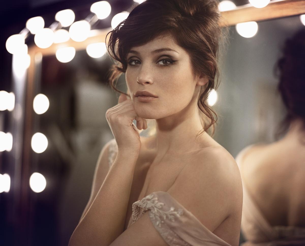 http://2.bp.blogspot.com/-NSgikZrwHg4/URTJ9O9ul6I/AAAAAAAACw0/VveInJZdVSc/s1600/Gemma-Arterton-pic-VP-1.jpg