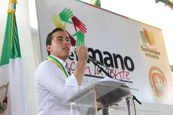 Gobernador Aguilar destaca el buen año de seguridad en Santander
