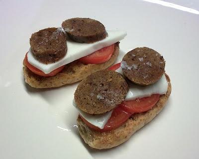 Tosta Vegana  de Queso y Salchicha
