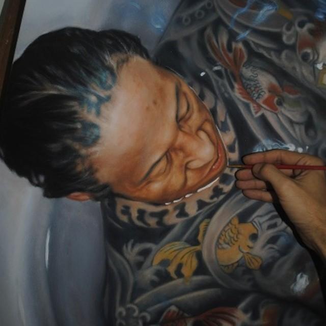 Lukisan Realistik Manusia Dan Air