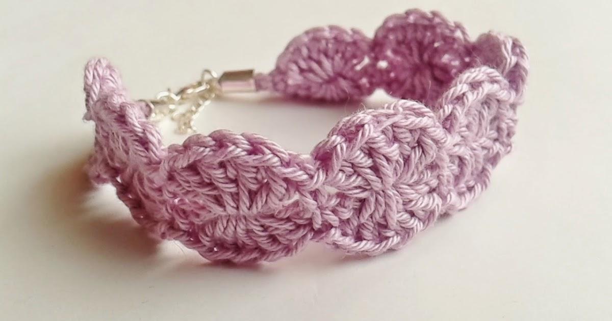 Le fragole di stoffa braccialetti all 39 uncinetto for Gnomi di stoffa fai da te