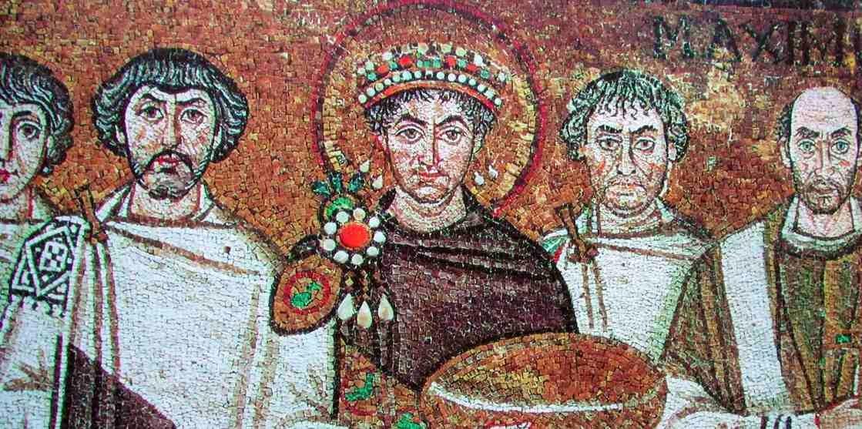 Constituciones imperiales romanas