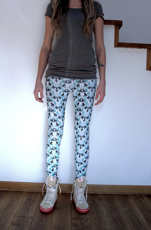 Cool Mint Eco-Friendly Bamboo/Organic cotton patterned leggings by Dream Nation