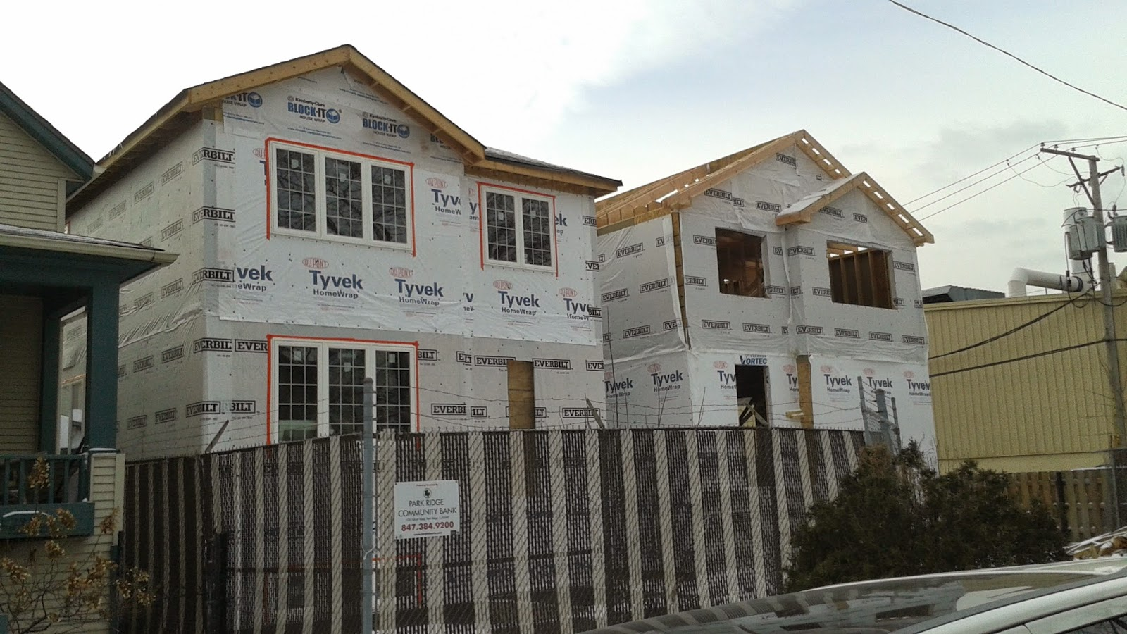 The chicago real estate local three new construction for Center block house