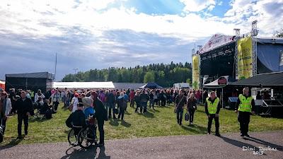 Sauna Open festivaalilla Kaarinassa aloitti kesän ensimmäinen festivaaliasema OG1FEST
