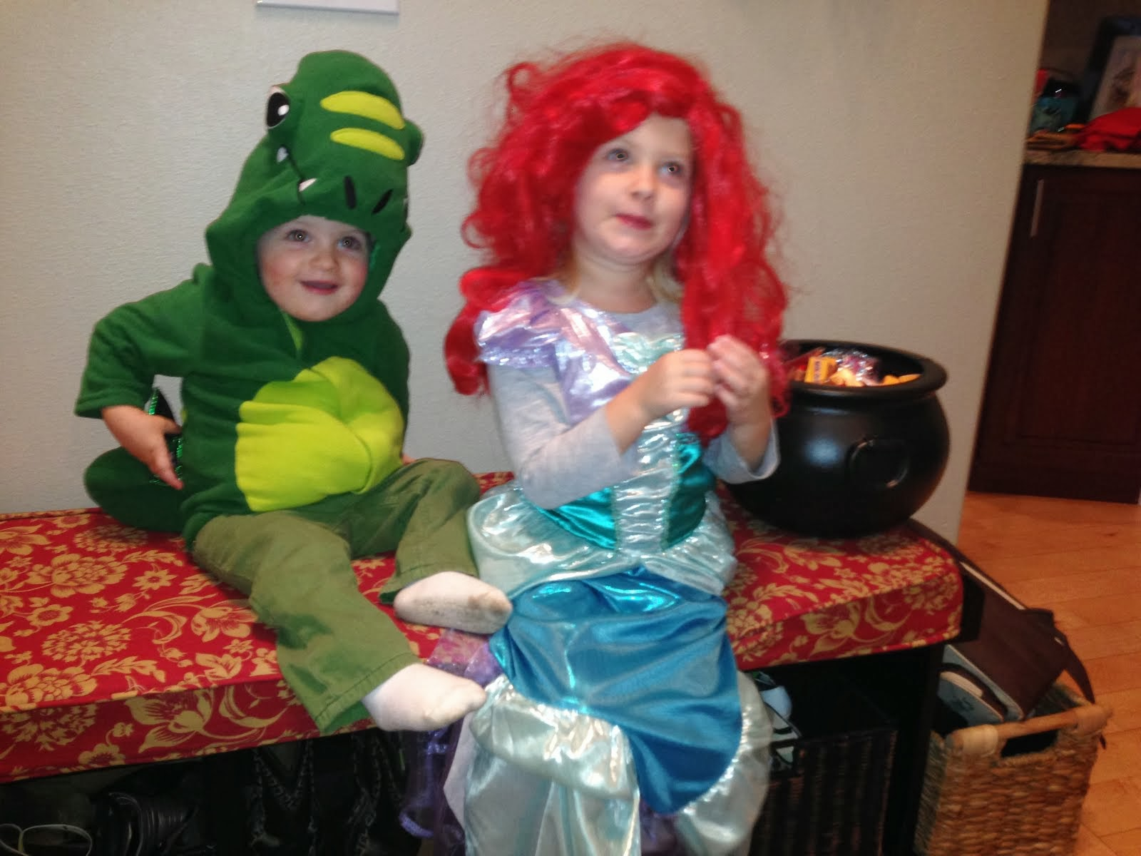 Halloween w/ Ariel and Green Dino