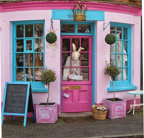 Shop in the Market Square, Winslow