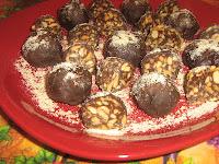 Čokoladne kuglice sa kikirikijem