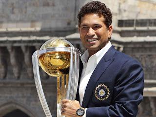 Sachin Tendulkar holding cup