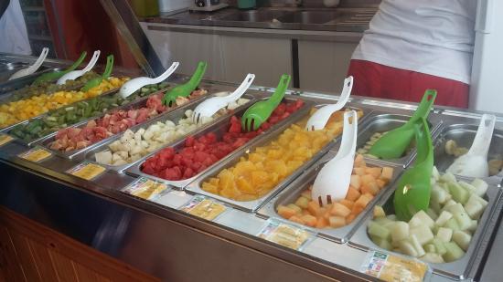 Fruta Natural trozada lista e Higienizada para Consumo