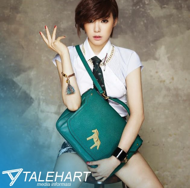 Beberapa Foto Cantik Tiffany 'Girl Generation' Di Majalah Korea