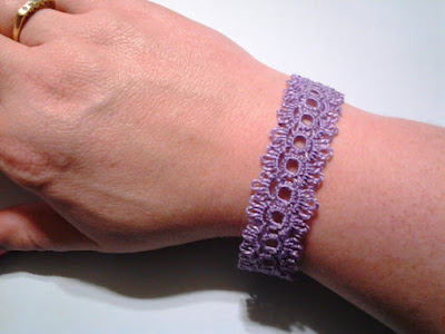 https://www.etsy.com/listing/123407493/tatted-lace-bracelet