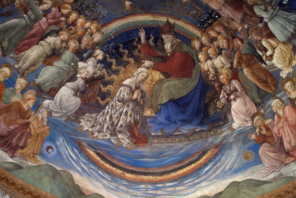 Dio benedice Maria tra angeli e santi immersi in un cielo blu e oro