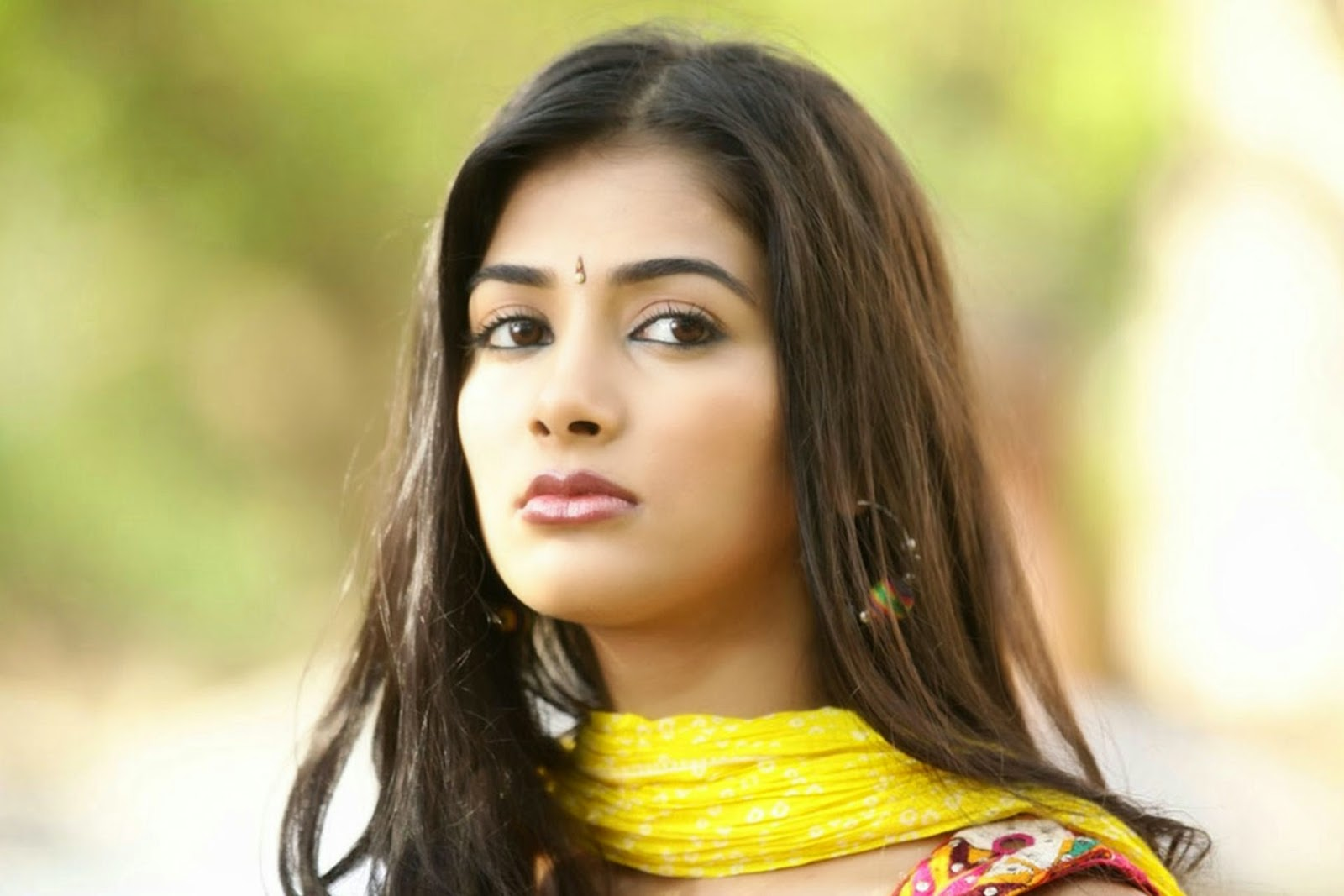 tollywood stars wallpapers: pooja hegde cute wallpapers