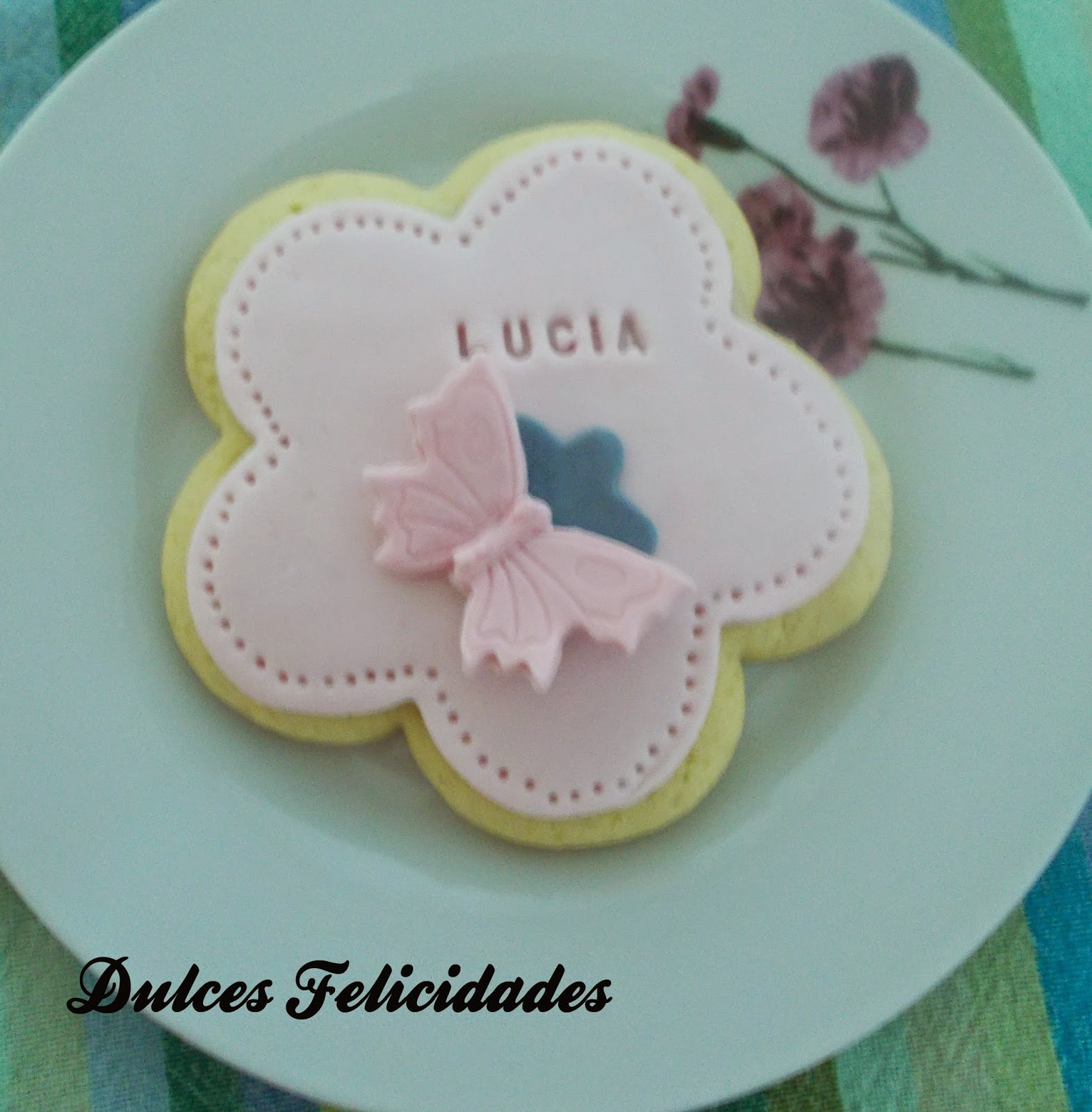 Dulces felicidades Galletas de mantequilla decoradas con fondant
