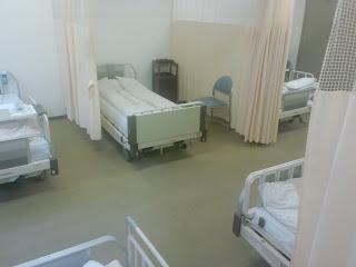 写真:人間ドック宿泊フロアの6人部屋