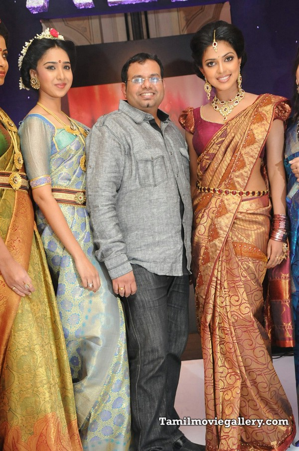 , Hot Models Grace Palam Silkine Fashion Show 2011 Pics